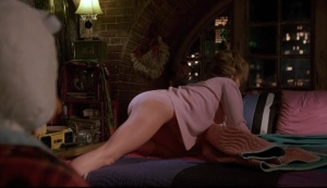 lea_thompson_howard_the_duck_D2m8Jfw.sized