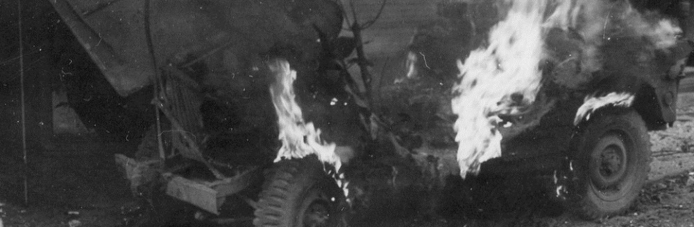 pic-ww2-jeep-on-firess.jpg