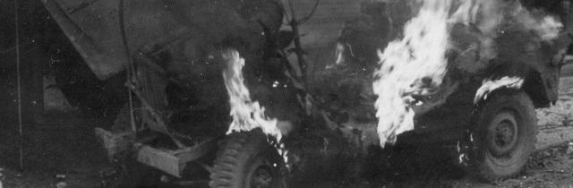 pic-ww2-jeep-on-firess.jpg